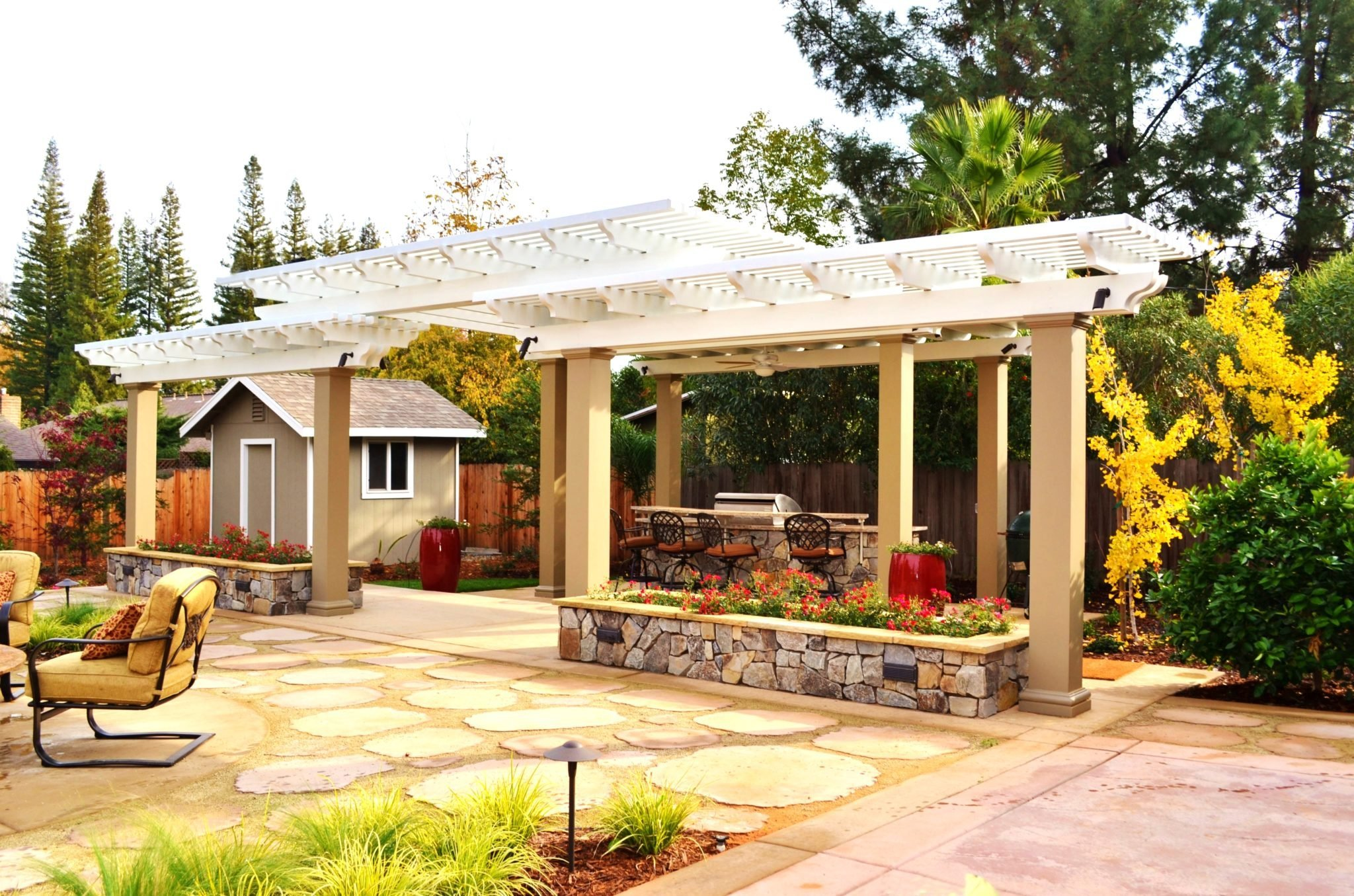 Sacramento Pergola built by pacific builders